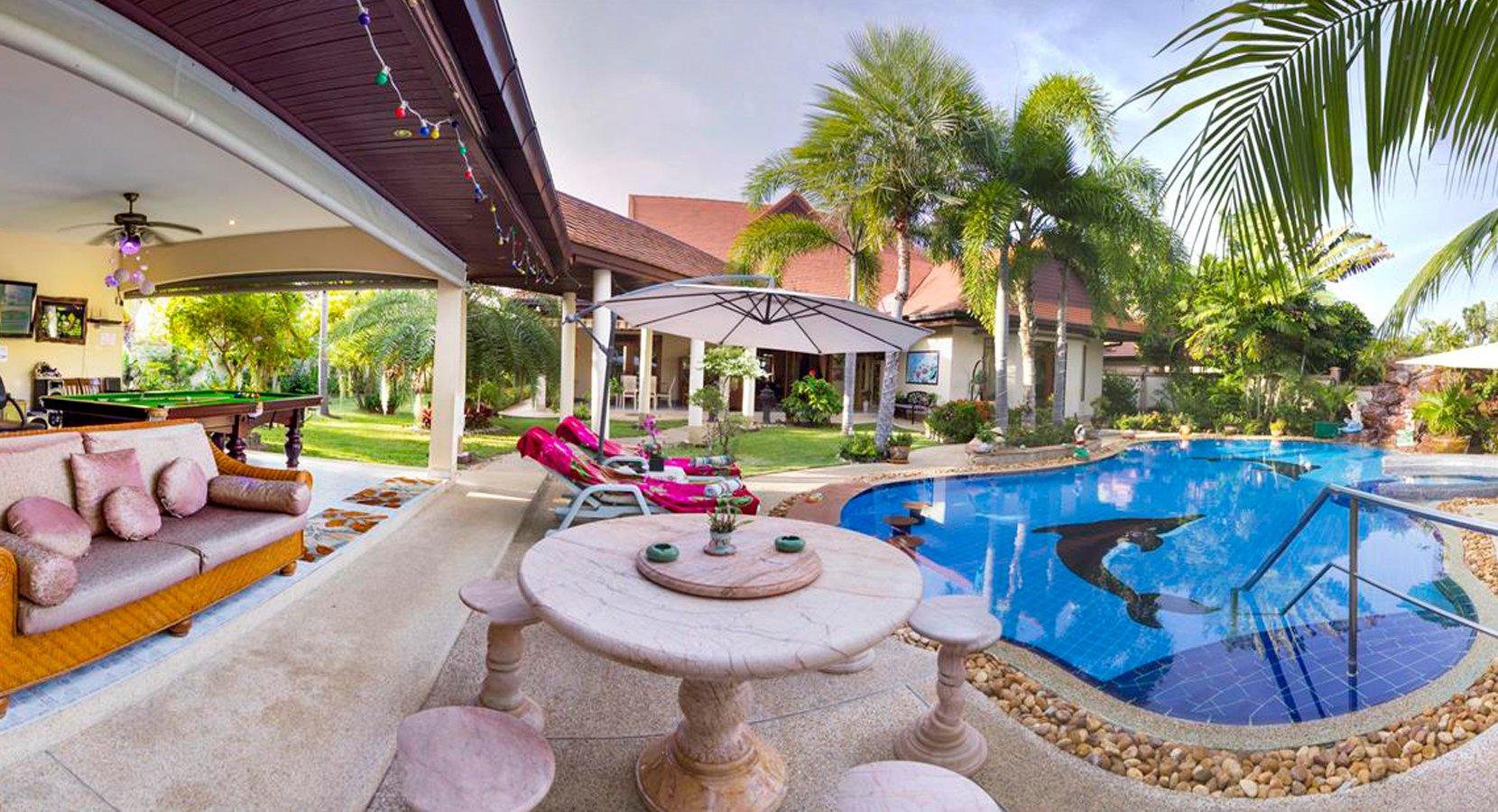 Luxury Villa in Pattaya on Rent View